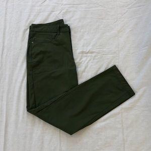 🎉HP🎉Swiss Tech Travel Pants 32x32 Olive Branch
